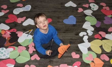 "Island Kid Responsible for Making World's Window Hearts is ""Fucking Exhausted"""